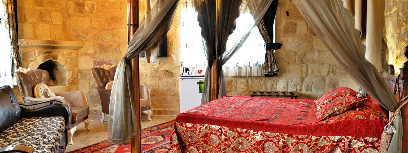 Deluxe honeymoon room