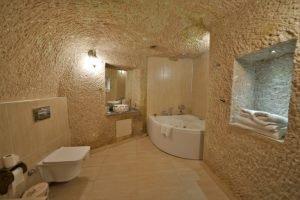 113 Honeymoon Room