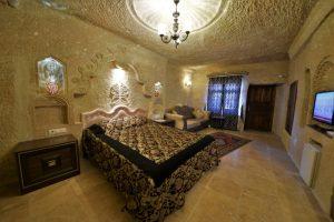 201 Honeymoon Room