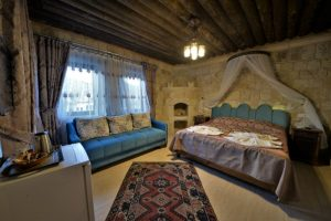 209 Honeymoon Room