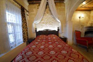 301 Honeymoon Room