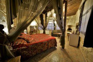 311 Honeymoon Room