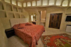 304 Honeymoon Room